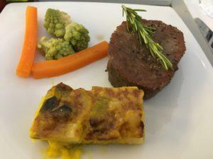 牛肉のヒレステーキ